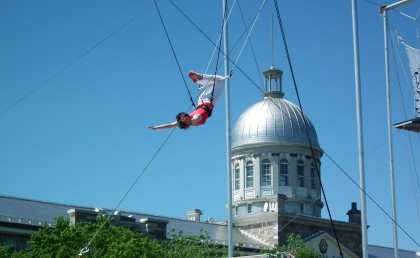Fleur on flying trapeze